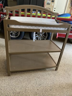 Changing table w/ mattress pad for sale for Sale in Dickinson, TX