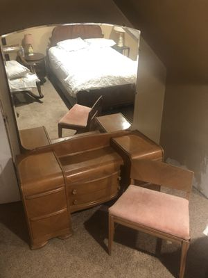 Antique waterfall vanity with mirror and chair for Sale in Butler, PA