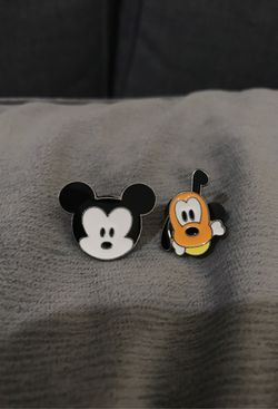 Disney pins Mickey and Pluto for Sale in Mukilteo,  WA
