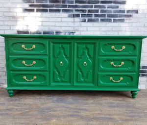 MCM / Credenza /Retro. Dresser.9 drawers. Medow green/ Gold for Sale in Westchester, CA