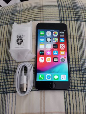 iPhone 6 16GB like new, not refurbished, no problems - Factory unlocked works with any company - Warranty - Hablo español - San Ysidro for Sale in Chula Vista, CA