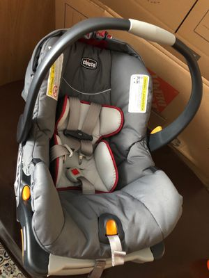 infant car seat for Sale in Maple Grove, MN
