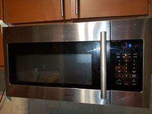 Samsung stainless built in microwave for Sale in Atlanta, GA