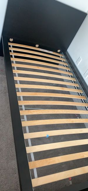 Twin bed frame for Sale in Oakland, CA