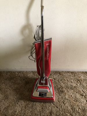 Upright Sanitaire Vacuum Cleaner for Sale in San Diego, CA