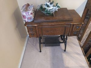 Sewing machine by white for Sale in Freehold, NJ