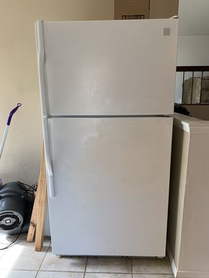 Kenmore Refrigerator for Sale in San Diego, CA