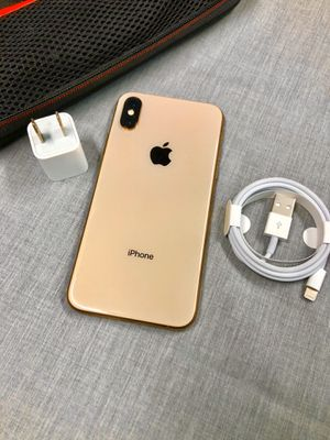 256Gb Gold iPhone XS - Factory Unlocked. for Sale in New York, NY