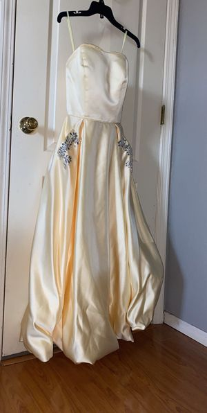 Prom/evening dress gown for Sale in El Paso, TX