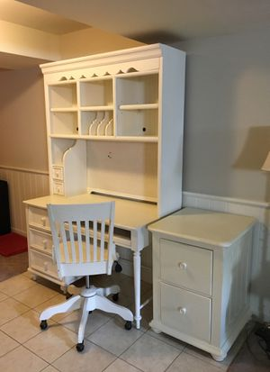 4 piece Home office furniture for Sale in Kensington, MD