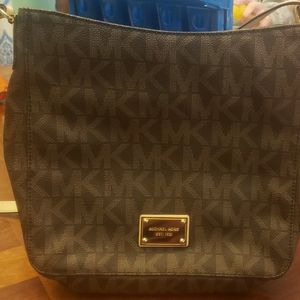 Michael Kors Crossbody for Sale in Southington, CT