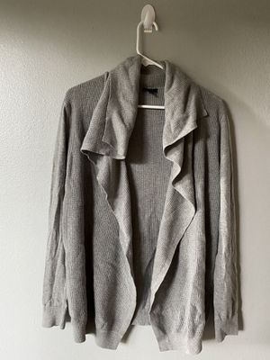 $300 Theory cashmere gray waterfall M cardigan for Sale in Kenmore, WA
