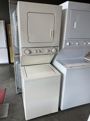 """24""""wide WHIRLPOOL DUET REFURBISHED WASHER DRYER ELECTRIC 240V for Sale in Vancouver, WA"""