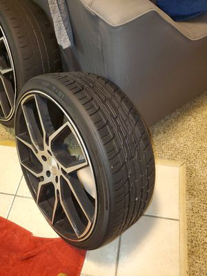 "22"" Gianelle Wheels Dilijan Gloss Black Machined Rims for Sale in Kansas City, MO"