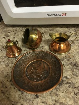 Adorno juego cafe bronce miniatura for Sale in Hialeah, FL
