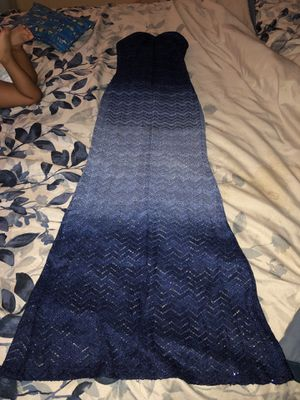 Beautiful blue mermaid dress size 4 for Sale in Gaithersburg, MD