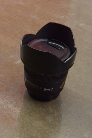 Sigma 50mm f/1.4 EX DG HSM Lens for Sale in Jacksonville, FL