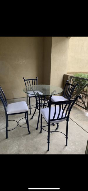 Dining table with 4 chairs for Sale in Tempe, AZ