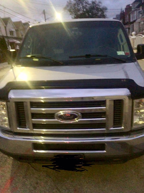 Ford e 350 15 seater