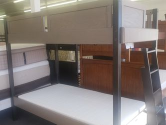 BUNK BED WITH MATTRESS TWIN/TWIN 🎈🎈🎈CAMAS DE VENTA for Sale in Aurora,  CO
