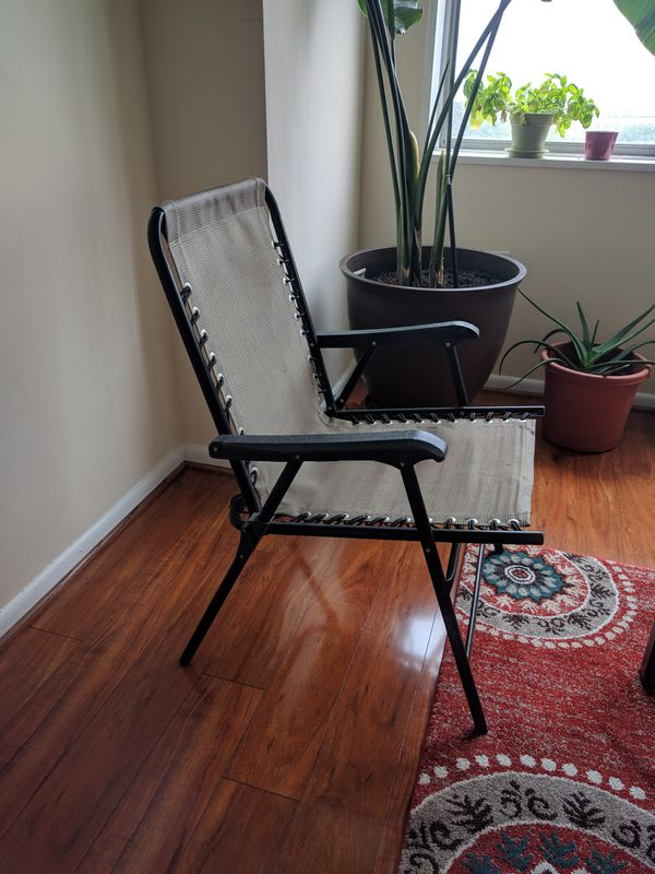 Two foldable chairs, in great condition