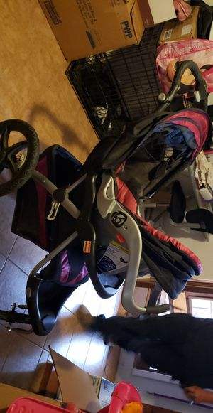 Stroller and car seat for Sale in Santa Fe, NM