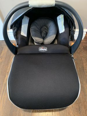 Car seat CHICCO for Sale in Hayward, CA