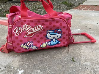 Hello Kitty Suitcase for Sale in Rancho Santa Margarita,  CA