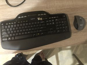 Logitech mk710 wireless keyboard and mouse for Sale in Beaverton, OR