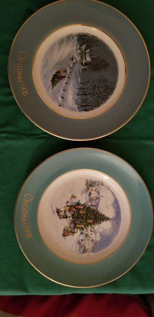 2 Christmas plates from the 70s 50 for the pair for Sale in Milford, CT