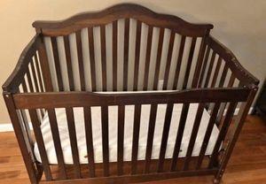 Baby crib for Sale in Matawan, NJ