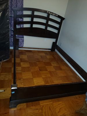 cama fits a full queen bed for Sale in Gaithersburg, MD