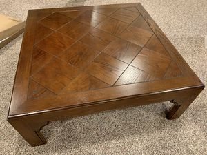 Solid wood coffee table for Sale in Inverness, IL