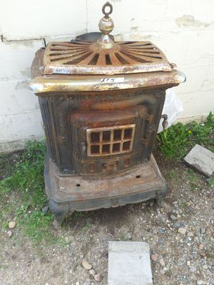 Vintage cooking stove for Sale in Chippewa Falls, WI