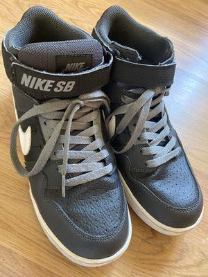 Nike SB Size 7Y for Sale in San Diego, CA