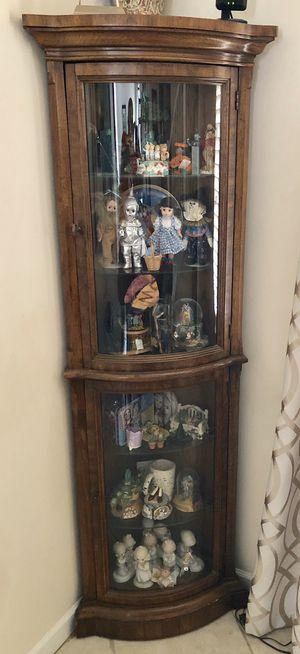 Curio Cabinet for Sale in Weston, FL