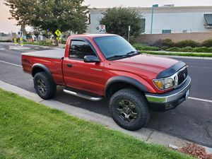 2001 Toyota Tacoma SR5, 4WD. for Sale in Valley Home, CA