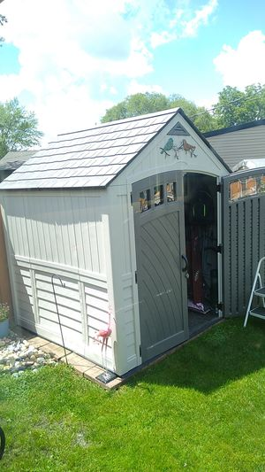 7 by 7 suncast storage shed for Sale in Wheeling, IL