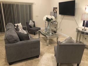 Beautiful furniture set for Sale in Coconut Creek, FL