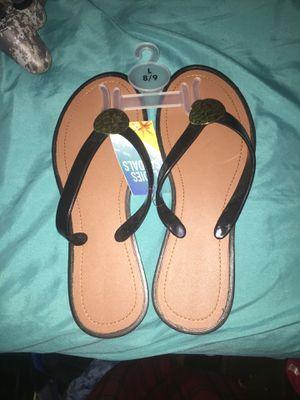 Size 8/9 (L) Ladies Sandals. for Sale in Appomattox, VA