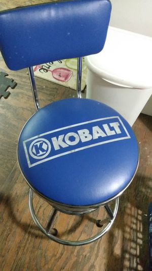 Kobalt stool for bar or shop for Sale in Fort Worth, TX