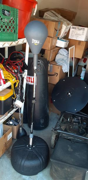Boxing equipment for Sale in Nuevo, CA