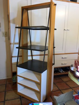 """70"""" Rolling Shelves - Etagere with 3 fixed metal shelves, base shelf, and 2 removable laminate shelves for Sale in Phoenix, AZ"""