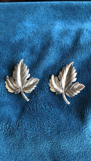 Tiffany & Co Sterling Silver Maple Leaf pin, brooch for Sale in Long Beach, CA