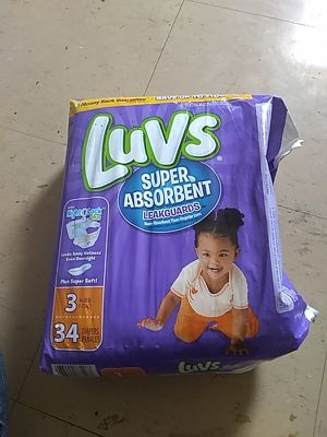 Size 3 diapers with 2 packages of wipes for Sale in Columbus, OH