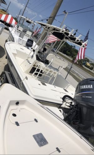1997 - Pursuit Boats 2470 Walkaround - 24 ft. 7 in. In excellent condition water ready with lots of extras for Sale in Dania Beach, FL