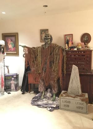 Swamp Zombie Halloween Decoration for Sale in Woodinville, WA