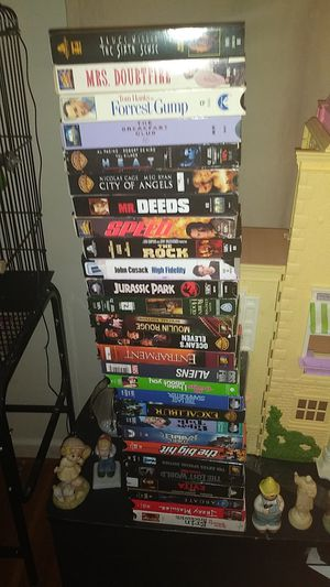 vcr with dvd player movies 40 and dvd movies all the friends to for Sale in Lexington, KY
