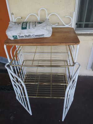 Bakers rack for Sale in Fresno, CA