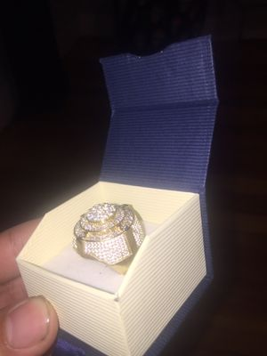 10k Real Gold Ring for Sale in East Hartford, CT